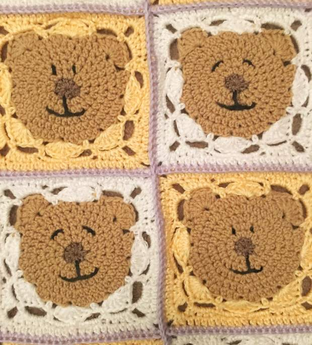 Teddy Blanket 4 Faces